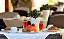 Succhi e frutta fresca